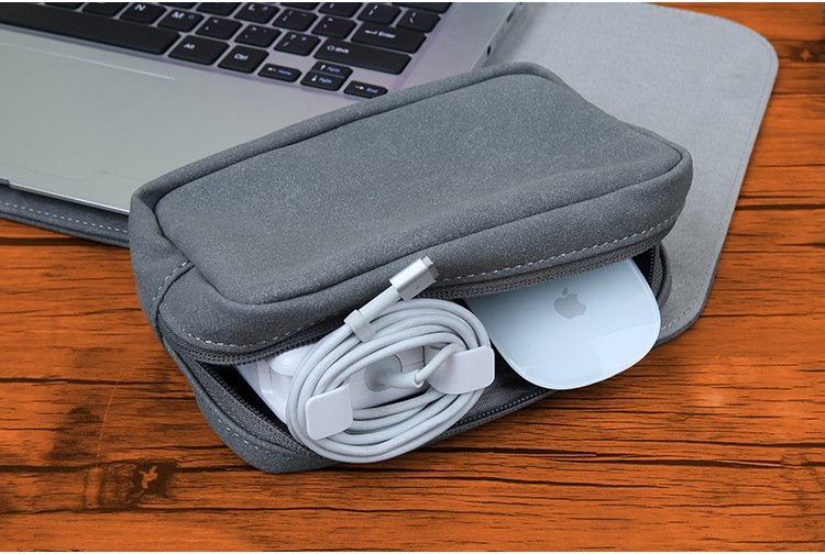 macbook pouch for mouse and cable