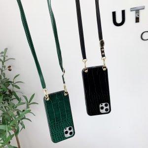 black faux leather with croc pattern iphone case fashion - bulk wholesale- lovingcase manufacturer